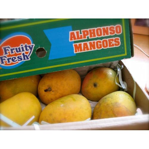 Alphonso Mangoes - Delicious Hapus Mango - Small Size (1 Dozen)